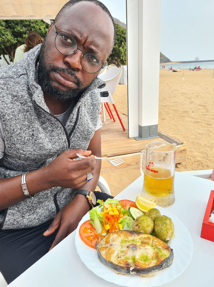 """Wangyims Takes a dig at """"Showbiz Gate-Keepers"""" in Ghana"""